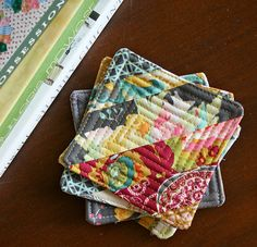 #Quilting String Block Quilted Coasters - FREE project from Art Gallery Fabrics