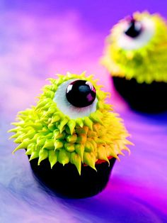 Googly #Halloween cupcakes