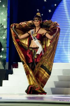 Picture from the Article: 'IN PHOTOS: 11 iconic Miss Universe National Costumes'