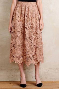 NWT Anthropologie Primrose Midi Skirt by Moulinette Soeurs Size 8 Modest Outfits, Skirt Outfits, Modest Fashion, Dress Skirt, Lace Skirt, Midi Skirt, Dress Up, Diy Rock, Meeting Outfit
