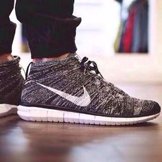 need these Nike's!!! Absolutely in love!!!