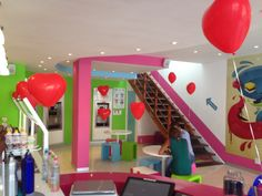 Wakaberry Kloof Street is feeling the love today