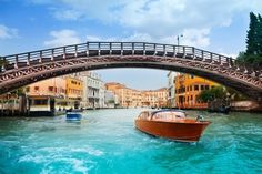 Exploring the Grand Canal in Venice: 19 Top Attractions Grand Canal, Venice Italy, Vacation Spots, Travel Pictures, Budapest, Family Travel, Earth, Explore, Places