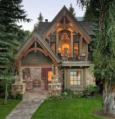 House design exterior cottage 28 Ideas for 2019 Small Cottage Homes, Cozy Cottage, Cottage Ideas, Cottage Home Plans, Rustic Cottage, Small Rustic House, Tudor Cottage, Cozy Cabin, Cottage Home Exteriors