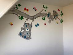 Me to you beren muurschildering gemaakt door joan of arts.