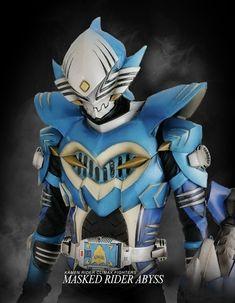 Climax Fighters: Kamen Rider Abyss by readingismagic on DeviantArt Kamen Rider Kabuto, Kamen Rider Ryuki, Kamen Rider Ex Aid, Kamen Rider Zi O, Kamen Rider Series, Kratos God Of War, Dragon Knight, Hero Arts, Power Rangers