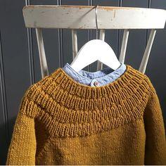 """747 Likes, 4 Comments - PetiteKnit • knitting patterns (@petiteknit) on Instagram: """"@lene_semb har strikket Ankers Trøje i en af mine favoritfarver Tak fordi I alle deler så mange…"""""""