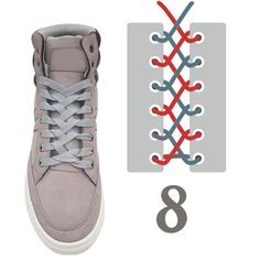 An original way to lace your shoes ! Une façon origine de lacer ses chaussures !