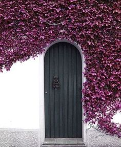 10 Magical Doorways to Inspire