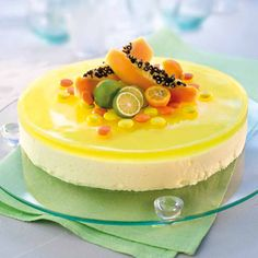 Sitronfromasjkake Panna Cotta, Pudding, Ethnic Recipes, Cakes, Food, Yellow, Dulce De Leche, Puddings, Mudpie