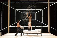 Olivier Py perd « Orlando » Theater, Theatre Stage, Set Design Theatre, Stage Design, 2017 Inspiration, Design Inspiration, Experimental Theatre, Festival Avignon, Teatro