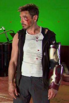 Robert Downey Jr. behind the scenes of Iron Man 3