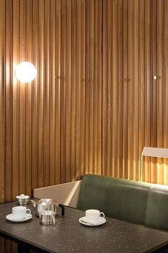 Hoi Polloi Ace Hotel London -wooden panelling