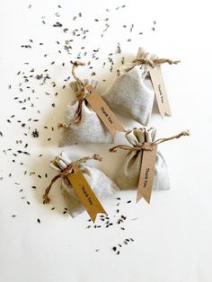 Spring Wedding Favors 25 Lavender Sachets lavender by KayaSoaps -repinned from Southern California officiant https://OfficiantGuy.com