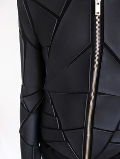Men's leather jackets really are a vital component to each and every man's clothing collection. Men require jackets for a number of moments and several varying weather conditions. 3d Fashion, Dark Fashion, Minimal Fashion, Fashion Shoot, Leather Fashion, Fashion Details, Leather Men, Fashion Brands, Leather Jackets
