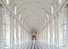 Palace of Venaria, Turin, Italia Art Et Architecture, Beautiful Architecture, Beautiful Buildings, Beautiful Places, Amazing Places, Renaissance Architecture, Historic Architecture, Cultural Architecture, Beautiful Castles