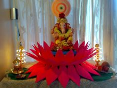 Ganesh Chaturthi: Decoration Ideas for Home / Mandap Eco Friendly Ganpati Decoration, Ganpati Decoration Design, Mandir Decoration, Ganapati Decoration, Gauri Decoration, Diwali Decorations, Paper Decorations, Flower Decorations, Housewarming Decorations