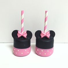 Minnie Mouse Marshmallow Pops