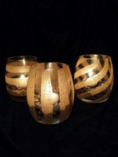 Maak met oude glazen en hout zaagsel geweldige kaarsenhouders(handleiding)