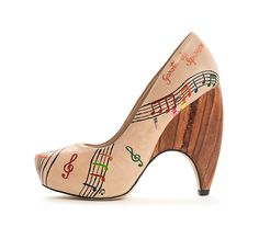 Babi Bello Hand-Painted Collection - Showcases the music sheet for one of the most famous Brazilian  Bossa Nova songs - Girl from Ipanema, which is one of Babi personal favourites. Made from Brazilian leather.
