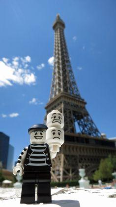 https://flic.kr/p/wVYsfe | LEGO Collectible Minifigures Series 2 : Mime