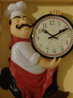 This is the perfect clock for a chef themed kitchen and sure to bring a smile to guests. A fat Italian chef is down on one knee and holds the clock i Chef Kitchen Decor, Cute Kitchen, Kitchen Decor Themes, Stylish Kitchen, Farmhouse Kitchen Decor, Kitchen Rack, Kitchen Wall Decals, Kitchen Wall Clocks, Layout Design