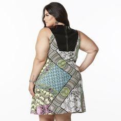 Confecção de moda feminina plus size. Loja em 5 endereços em São Paulo e loja virtual. Melinde, a moda que lhe cai bem!