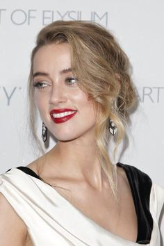 (30) Amber Heard Narcisstic  Psychopathia RAV DSM-5 manual   NIMH. Transgender,  born male gender. When..  ?  Come out RAV  and  tell your celeb,   celebrity plastic surgery  story, itis  fashion to  come out  country Texan, ELLE   Vogue   Harpers Baazar,  Cosmopolitan,  Guess,  Cover  girl,