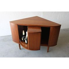 Image of Mid-Century Danish Modern Teak Corner Bar Cabinet – Recreational Room Mid Century Modern Design, Mid Century Modern Furniture, Midcentury Modern, Danish Modern Furniture, Corner Bar Cabinet, Corner Tv Cabinets, Home Bar Signs, Modern Home Bar, Modern Lounge