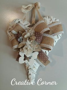 Cuore in legno bianco decorato , by Creative Corner, 20,00 € su misshobby.com