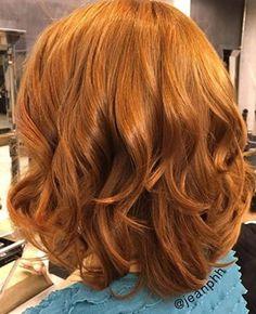 Cada pessoa pode ter seu tom de ruivo dos sonhos, como um bom alaranjado. | 17 imagens de cabelos ruivos que vão te dar vontade de correr para o salão