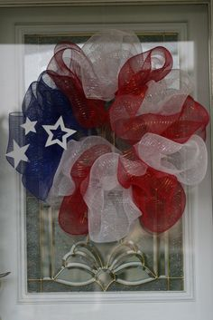 Patriotic wreath - Priscilla uses Deco mesh to create this design on a foam wreath form.