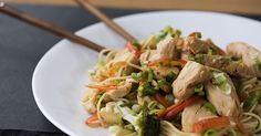 Slow Cooker Lo Mein Noodles