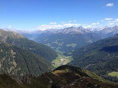 Blick vom Kellerbauerweg auf das Ahrntal - vista dal sentiero Kellerbauer sulla Valle Aurina