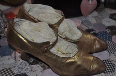 Late 1920's Gold Flapper Dancing Shoes Ballet Dance, Ballet Shoes, 1920s Shoes, Satin Shoes, Rhinestone Heels, Dancing Shoes, Dance The Night Away, Fun Stuff, Old Things