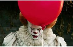 Did you catch the new trailer for #StephenKing's #It? I love the subtle reveal of #Pennywise behind the balloon at the end. #TheyAllFloat #ItMovie #PennywisetheClown #StephenKingsIt