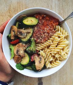 Just stay motivated – mamtagovind: pasta, sauteed vegetables, tomatoes & … – … - Sauteed Ideen Healthy Meal Prep, Healthy Snacks, Healthy Eating, Vegetarian Recipes, Cooking Recipes, Healthy Recipes, Sauteed Vegetables, Veggies, Food Combining