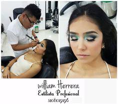 ¡Buenos días, #FelizJueves! Inicio mi mañana de jueves con un maquillaje en tonos verde ¡Un color elegante y estilizado! No necesariamente para vestir con verde, lo puedes combinar con un atuendo blanco o negro ¡Se verá muy chic! Asesórate conmigo y lleva tu look ideal 3108019196 ¡William Herrera, Estilista Profesional! #MakeUp #Maquillaje #Belleza #MAC #CaliCo #Cali #Colombia #CaliEsCali #Hermosas #Recogidos #Pro #Estilista #Profesional #Natural #Mujeres #Look #Style