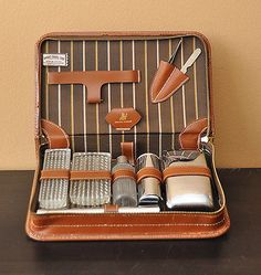 Vintage Leather Toiletry Bag with Silver Accessories Shaving Kit Brush Comb #vintagemen  #mensaccessories #metrosexual #vintagebags #vintage #vintagemen  #toiletrybags #travelbags