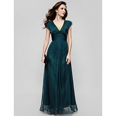 TS+Couture®+Formal+Evening+/+Military+Ball+Dress+-+Vintage+Inspired+/+Elegant+Plus+Size+/+Petite+A-line+V-neck+Floor-length+Chiffon+with+Draping+–+EUR+€+78.39