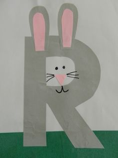This page is a lot of letter R crafts for kids. There are letter R craft ideas and projects for kids. If you want teach the alphabet easy and fun to kids,you can use these activities.You can also find on this page template for the letter R. Letter R Activities, Preschool Letter Crafts, Alphabet Letter Crafts, Abc Crafts, Preschool Projects, Alphabet Book, Preschool Crafts, Letter Art, Art Activities