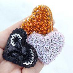 Всех с праздником!!!❤  Любите и будьте любимы! А у меня вот такие крошки есть #вналичии  ☑Размер: 3.5х4 см.  ☑Цена 450 р.  ☑Французские пайетки, японский бисер. Все как всегда - самое лучшее     #14февраля #подарокна14февраля #брошь #брошьизбисера #брошьсердце #сердце  #подарокподруге #подарокмаме #подарокдевушке #подарокна8марта #8марта #урашенияизбисера #украшенияручнойработы #ручнаяработа #ручнаяработапермь #украшенияпермь #украшениявперми #handmade #handmadeperm #perm #подаркиперм...