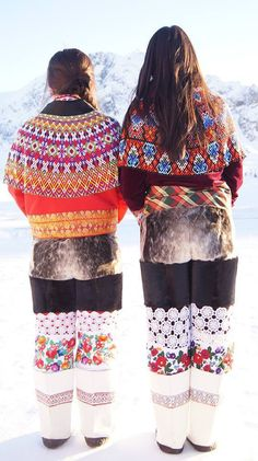 Greenland Fashion - Fashion in Greenlands billede. Love these pattern, it look like russian pattern somehow, wonder if there is some connection from history?!