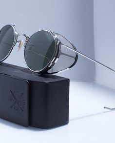 Round Sunglasses, Mens Sunglasses, Black Eagle, Cool Glasses, Silver Rate, Classic Style, Eyewear, Lenses, Steampunk
