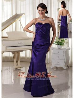 Buy ruched sweetheart mother of the bride dress taffeta dark purple from mothers evening dresses collection, sweetheart neckline column/sheath in purple color,cheap floor length dress with lace up back and for prom military ball wedding party . Dark Purple Prom Dresses, Beautiful Prom Dresses, Dama Dresses, Mermaid Prom Dresses, Affordable Prom Dresses, Cheap Prom Dresses, Formal Dresses, Purple Cocktail Dress, Cocktail Dresses
