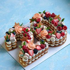 Number Birthday Cakes, Number Cakes, Creative Cake Decorating, Creative Cakes, Delicious Desserts, Yummy Food, Mom Cake, Biscuit Cake, Beautiful Desserts