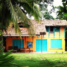 Costa Rican Home Moving To Costa Rica, Costa Rica Travel, Panama, American Houses, Central Valley, Volunteer Abroad, Container Homes, Tropical Houses, Family Adventure