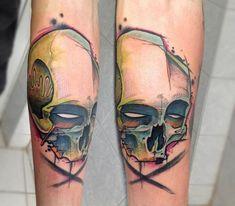 Skull tattoo by Florian Höllwarth