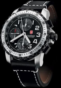 Victorinox Alpnach automatic chronograph pilot's watch - ETA Valjoux 7750 movement