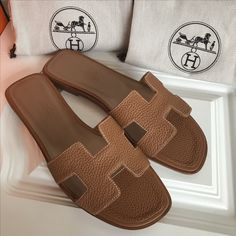 Hermes woman leather slippers high quality